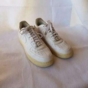 Rare Nike Air Force 1 Supreme'07 Sneakers
